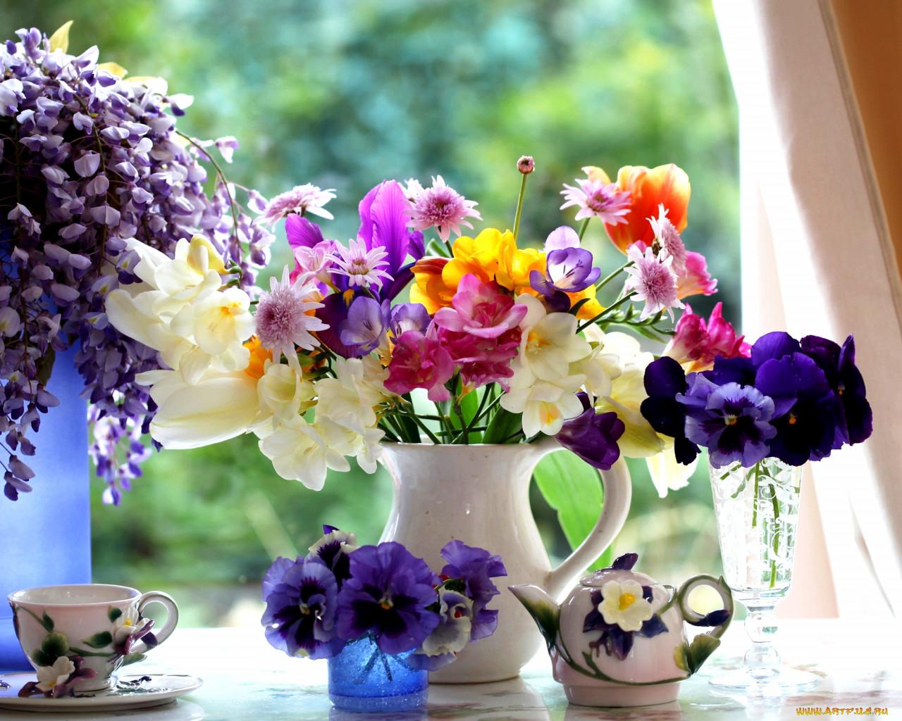 Цветы в вазах картинки и фото